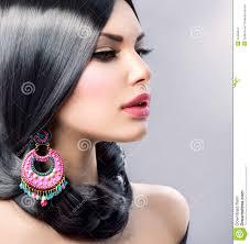 Schoonheid Met Lang Zwart Haar Stock Afbeelding Afbeelding