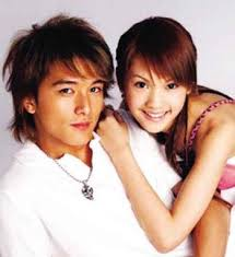 They really was in a relationship back then during their first debut.. I  remember their television series at 2003, Original Scent of Summer and they  both ...