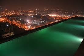 Infinity Pool night time Picture of Azumi Boutique Hotel
