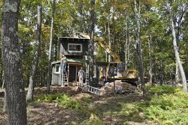 tiny houses in maryland. Hobbitat, A Construction Company Not Affiliated With \\\u0027The Lord Of The Rings,\\\u0027 Specializes In Tiny Houses Made Reclaimed And Reused Materials. Maryland