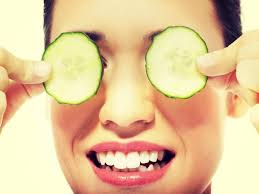 5 home remedies to get rid of puffy eyes | The Times of India