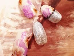 秋ネイルデザインはカラーと柄使いで可愛さを出すのがポイント
