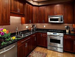 Medium Oak Kitchen Cabinets Medium Wood Cabinets Cherry Color Traditional Kitchen Design