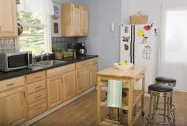 light contrasting colors harmonize with oak cabinets kitchen light cabinets i80 oak