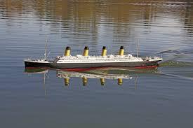 Rc Titanic Sinking With Lights Graupner Titanic Rc Model Speedboat Arr 1765 Mm Conrad Com
