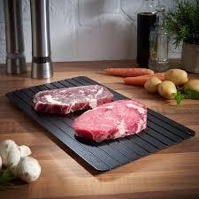 Sợ rã đông bằng lò vi sóng khiến thịt mất chất, sao không thử rã đông bằng  chiếc thớt tản nhiệt này?