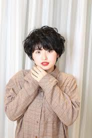 丸顔さん専用黒髪派のための愛されショートヘアスタイル In 2019