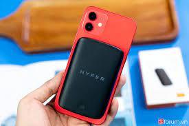 Trên tay bộ sạc dự phòng Hyperjuice Magnetic Wireless: Thiết kế gọn nhẹ, có  sạc nam châm dành riêng cho iPhone 12 series