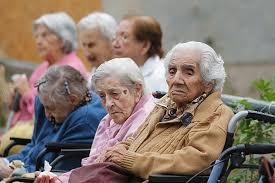 Resultat d'imatges de maltrato ancianos