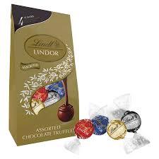 Lindt Lindor Bag Assorted Chocolates 15 ...