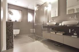 Badezimmer Mitreißend Badezimmer Farbe Design Vortrefflich