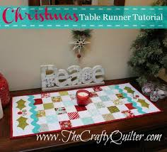 holly table runner free pattern designed by julie cefalu from the crafty quilter