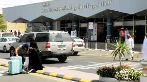 السعودية.. سقوط إصابات وتضرر طائرة مدنية نتيجة إحباط عمليتي استهداف لمطار  أبها - CNN Arabic