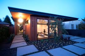 19 Exterior Covered Patio Mid Century Modern Homes Ideas With ...