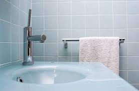 easiest way to clean bathroom tiles. how to clean bathroom tiles easiest way o