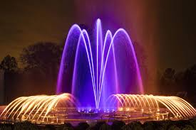 fountains at night at longwood gardens