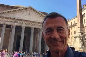 Chi è Michele Cucuzza? Biografia e vita privata del giornalista