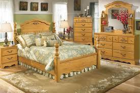 Best 25 Farmhouse Bedrooms Ideas On Pinterest  Modern Farmhouse Bedroom Decorating Ideas Country Style