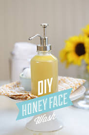 a super easy diy homemade honey face wash that works to heal and cleanse skin