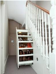 Dann kannst du bei uns viele artikel online konfigurieren, z.b. Stauraum Unter Treppe 65 Ideen Fur Garderobe Regal Schrank Und Co