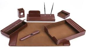 Amazon.com : Majestic Goods Office Supply Leather DeskSet, Brown 7 Piece  (105-DSG7) : Office Desk Organizers : Office Products
