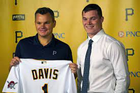 Pirates sign top overall pick Henry Davis