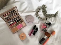 melbourne mini break inside my travel makeup bag