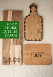 diy etched cutting boards so easy and they make a really cool gift