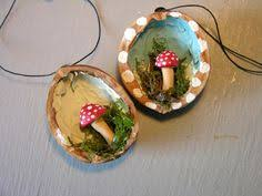 Toadstool in a walnut Christmas decoration! Sculpey, moss and walnut. This  would be