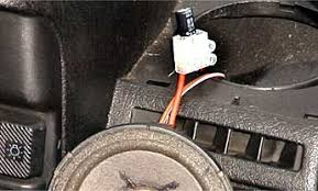 fitting capacitor crossovers technical article oncemore you are cutting the positive lead to the speaker the signal from the head unit entering the capacitor through its negative leg and leaving