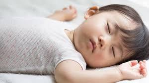 Những thói quen khi đi ngủ giúp trẻ cao vượt trội