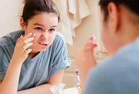 Hasil gambar untuk blogspot.com teenage acne treatment