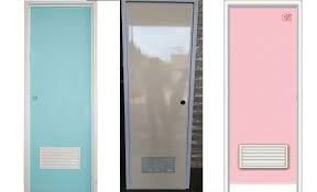 Hasil gambar untuk cara memasang kusen pintu plastik