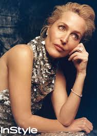 Gillian anderson was born in chicago, illinois. The Crown S Gillian Anderson Reveals The Trick To Mastering Margaret Thatcher S Curtsy