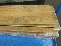 home flooring wood 120 sq ft lot of lock n seal glueless laminate flooring island cherry