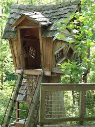 Cool Treehouses For Kids Tree House Nice Cool Interior And Room Decor Fresh Houses Around