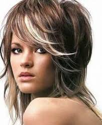 layer bob hairstyle for oval face