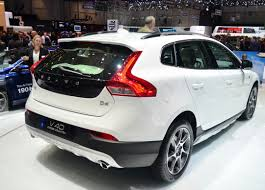 2018 volvo v40. plain volvo 2018 volvo v40 rear side with volvo v40