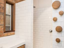 cleaning bathroom tile. All-white Bathroom Cleaning Tile L