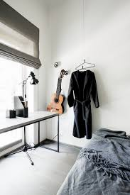 These Yokohama minimalist hangers from @made_design A+ #coat #hanger.  Minimalist Suspended coat hangers suitable in any  environment.pic.twitter.com/ ...