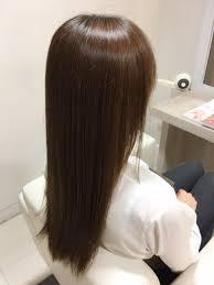 毎日コテで巻くと髪が硬くなっていく Suiスイ東京