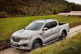 2018 renault duster south africa. perfect duster renault alaskandrive2  alaskandrive alaskanreardrive  alaskanoffroad  on 2018 renault duster south africa