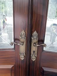 front door locksetsEntry door lockset on double door unit  Traditional  Front