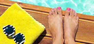 Trendy V Pedikúře Pro Letošní Léto Ukažte Své Nohy V Sandálkách A
