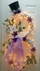 Lighted Snowman Wreath....these are the BEST Homemade Christmas Wreath Ideas !