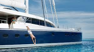 w 100 quintessential warwick yacht design w 100 quintessential