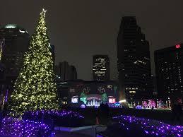 Columbus Ohio Tree Lighting Christmas In Downtown Columbus Columbus On The Cheap