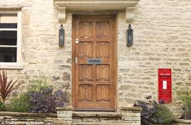 Mohawk Doors Color Chart Sarah Beeny Reveals What Colour Door Sells A House Daily