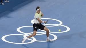 Alexander sascha zverev was born on 20 april 1997 in hamburg, germany to russian parents, irina zvereva and alexander mikhailovich zverev.he has an older brother mischa who was born nearly a decade earlier and is a professional tennis player as well. Pm3ighqecug7im
