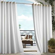 see the curtains hanging in the window | Integralbook.com